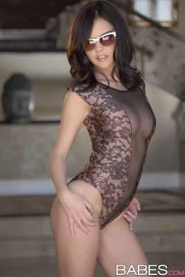 Dillion Harper_02