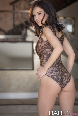 Dillion Harper_04