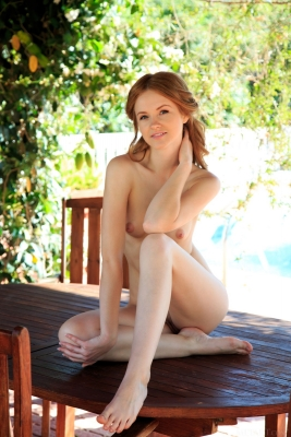 Alice May_02