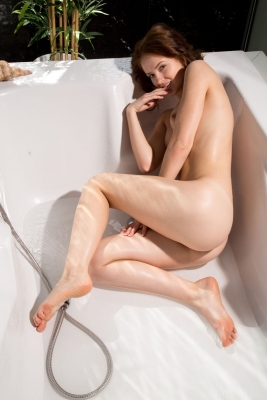Alice May_12